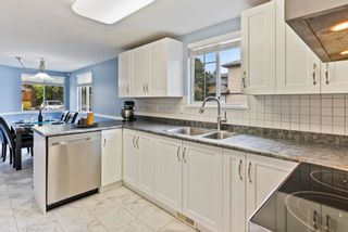 """Photo 4: 8 11880 82 Avenue in Delta: Scottsdale Townhouse for sale in """"Briarwood Estate"""" (N. Delta)  : MLS®# R2617967"""