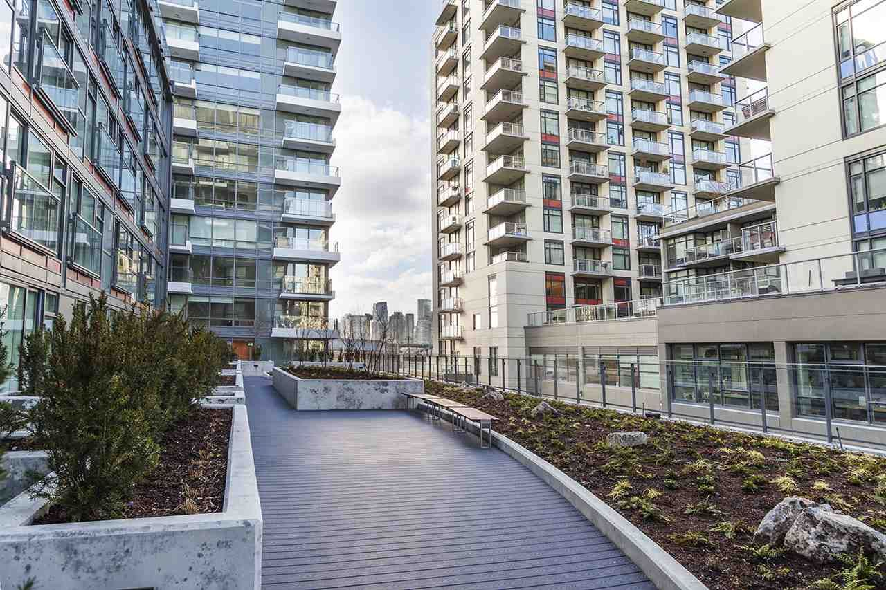 """Photo 19: Photos: 713 159 W 2ND Avenue in Vancouver: False Creek Condo for sale in """"TOWER GREEN"""" (Vancouver West)  : MLS®# R2326361"""