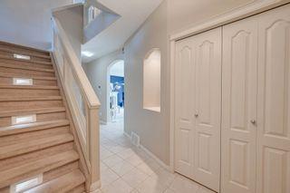 Photo 2: 1377 Breckenridge Drive in Edmonton: Zone 58 House for sale : MLS®# E4259847
