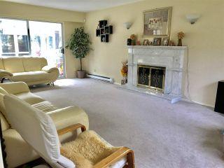 "Photo 3: 7220 SCHAEFER Avenue in Richmond: Broadmoor House for sale in ""Broadmoor"" : MLS®# R2439674"