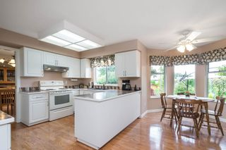Photo 9: 15329 28A Avenue in Surrey: King George Corridor House for sale (South Surrey White Rock)  : MLS®# R2602714