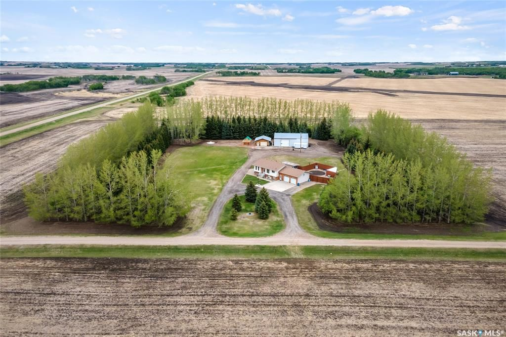 Main Photo: MOHR ACREAGE, Edenwold RM No. 158 in Edenwold: Residential for sale (Edenwold Rm No. 158)  : MLS®# SK844319
