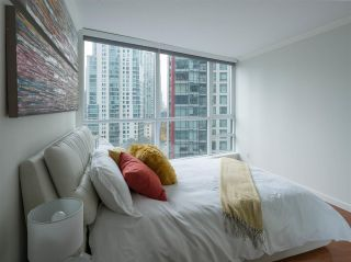 """Photo 12: 1006 1189 MELVILLE Street in Vancouver: Coal Harbour Condo for sale in """"The Melville"""" (Vancouver West)  : MLS®# R2519341"""