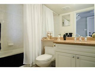 """Photo 16: 782 MILLBANK Road in Vancouver: False Creek Townhouse for sale in """"CREEK VILLAGE"""" (Vancouver West)  : MLS®# V1071873"""