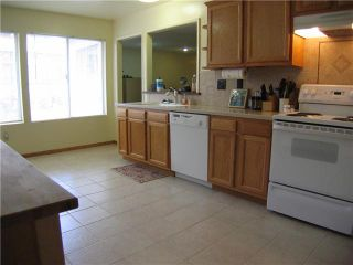Photo 8: SPRING VALLEY House for sale : 4 bedrooms : 134 Demona