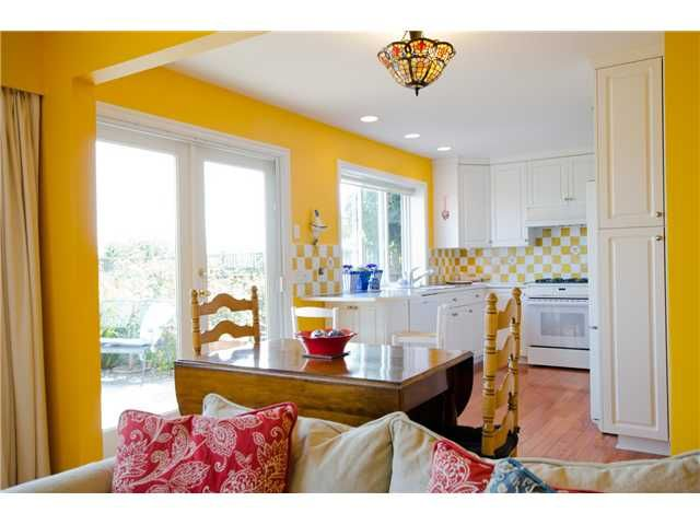 "Photo 7: Photos: 1558 BEACH GROVE Road in Tsawwassen: Beach Grove House for sale in ""BEACH GROVE"" : MLS®# V1085615"
