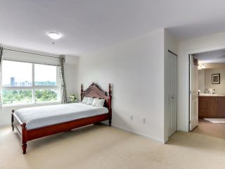 """Photo 11: 317 3082 DAYANEE SPRINGS Boulevard in Coquitlam: Westwood Plateau Condo for sale in """"The Lanterns"""" : MLS®# R2616558"""