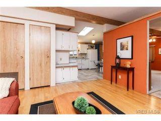Photo 9: 123 7701 Central Saanich Rd in SAANICHTON: CS Saanichton Manufactured Home for sale (Central Saanich)  : MLS®# 687804