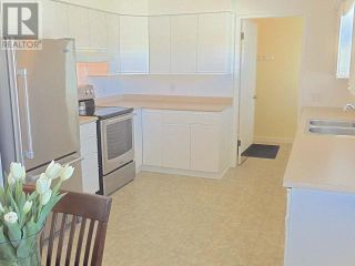 Photo 5: 425 DOUGLAS AVE in Penticton: House for sale