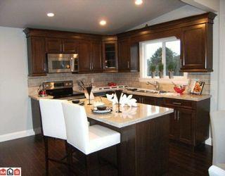 Photo 3: 1146 KENT Street: White Rock House for sale (South Surrey White Rock)  : MLS®# F1002515