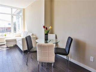 Photo 4: 302 168 W 1ST Avenue in Vancouver: False Creek Condo for sale (Vancouver West)  : MLS®# V1017863
