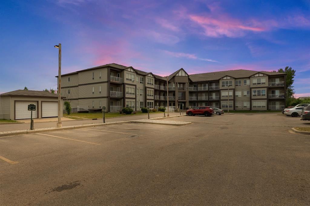 Photo 1: Photos: 306 290 Plamondon Drive: Fort McMurray Apartment for sale : MLS®# A1127119