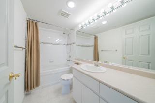 """Photo 12: 1903 1088 QUEBEC Street in Vancouver: Downtown VE Condo for sale in """"THE VICEROY"""" (Vancouver East)  : MLS®# R2587050"""