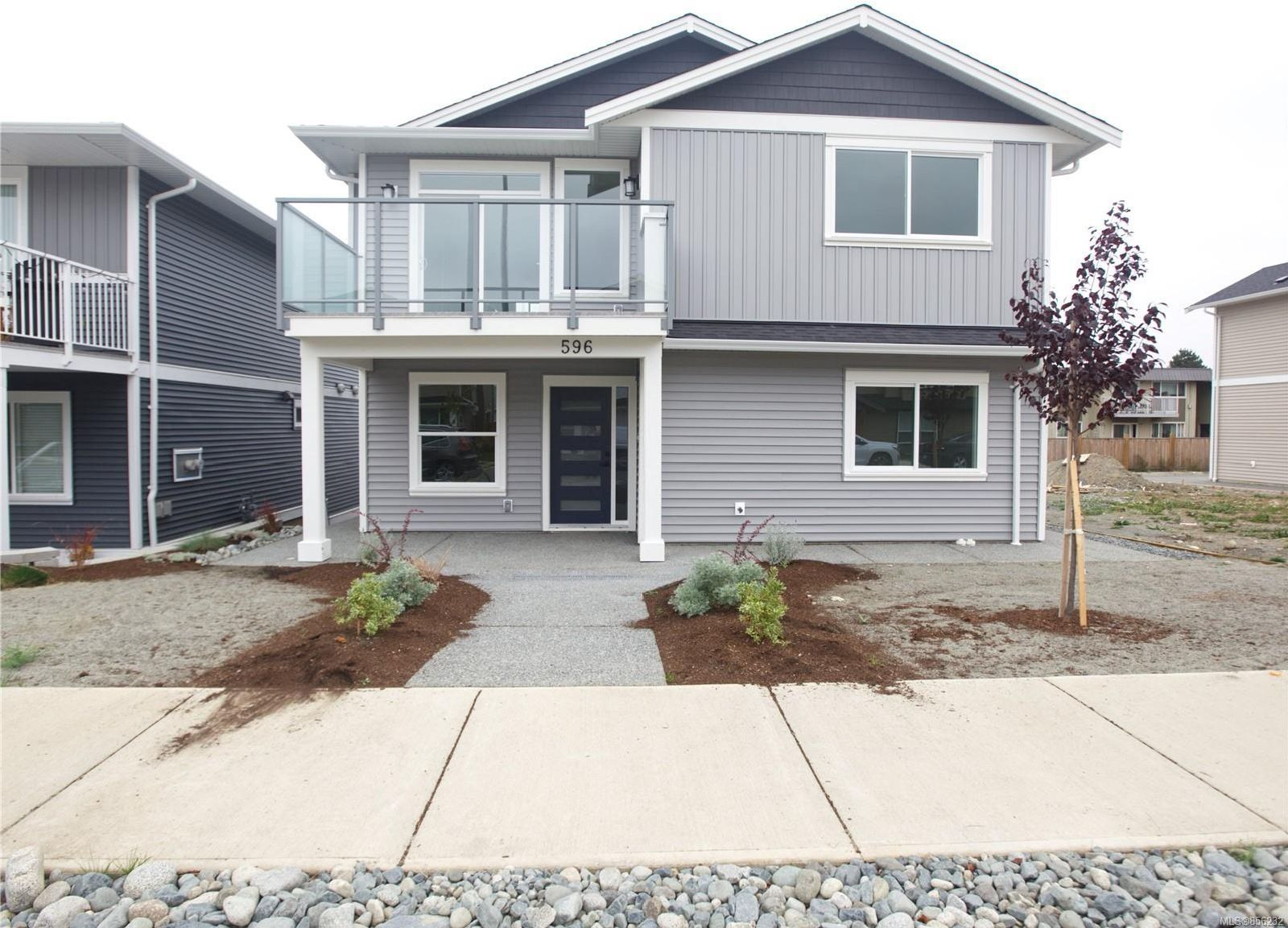 Photo 1: Photos: 596 Lance Pl in : Na University District House for sale (Nanaimo)  : MLS®# 856232