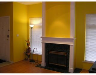 """Photo 4: 4 11888 MELLIS Drive in Richmond: East Cambie Townhouse for sale in """"PARC CAMELOT"""" : MLS®# V755364"""
