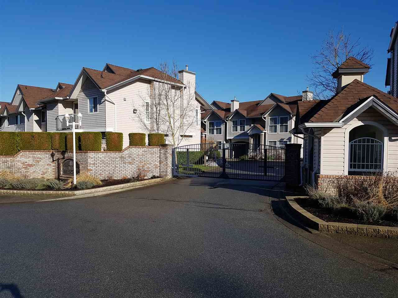 """Main Photo: 81 8716 WALNUT GROVE Drive in Langley: Walnut Grove Townhouse for sale in """"willow arbour"""" : MLS®# R2132645"""