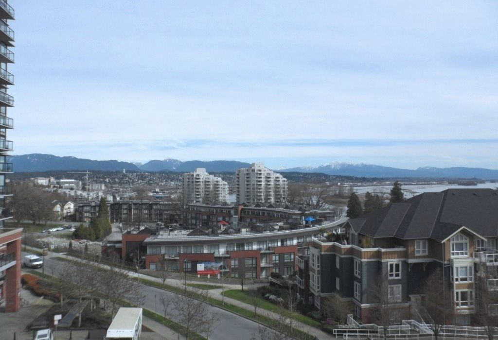 """Main Photo: 604 11 E ROYAL Avenue in New Westminster: Fraserview NW Condo for sale in """"VICTORIA HILL HIGHRISE RESIDENCES"""" : MLS®# R2043828"""