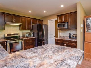 Photo 16: 2086 Lambert Dr in COURTENAY: CV Courtenay City House for sale (Comox Valley)  : MLS®# 813278