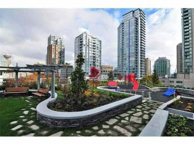 """Photo 18: Photos: 1707 535 SMITHE Street in Vancouver: Downtown VW Condo for sale in """"DOLCE AT SYMPHONY PLACE"""" (Vancouver West)  : MLS®# V1138374"""