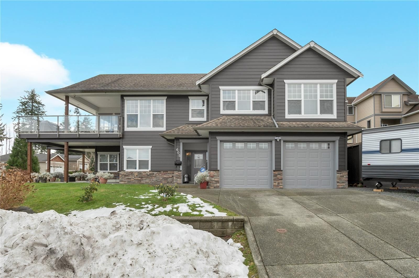 Main Photo: 605 Nelson Rd in : CR Willow Point House for sale (Campbell River)  : MLS®# 866845