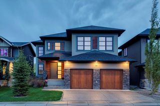 Photo 1: 30 WEXFORD Crescent SW in Calgary: West Springs Detached for sale : MLS®# C4306376