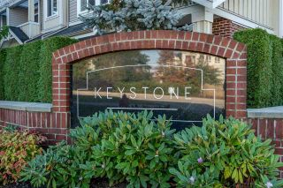 "Photo 1: 37 2925 KING GEORGE Boulevard in Surrey: King George Corridor Townhouse for sale in ""KEYSTONE"" (South Surrey White Rock)  : MLS®# R2514109"