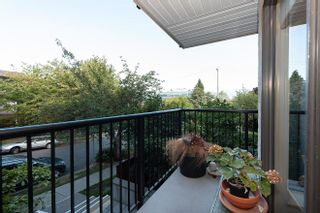 Photo 2: 203 2142 CAROLINA Street in Vancouver: Mount Pleasant VE Condo for sale (Vancouver East)  : MLS®# R2615633