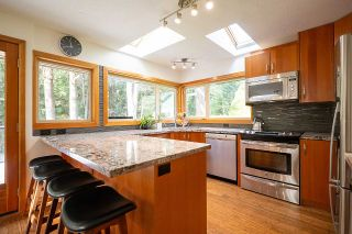 Photo 13: 1935 PARKSIDE Lane in North Vancouver: Deep Cove House for sale : MLS®# R2539750