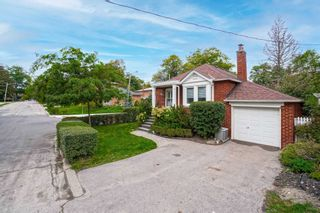 Photo 2: 18A Park Boulevard in Toronto: Long Branch House (Bungalow) for sale (Toronto W06)  : MLS®# W5401198