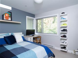 """Photo 30: 1154 WENDEL Place in North Vancouver: Lynn Valley Townhouse for sale in """"Wendel Court"""" : MLS®# R2487790"""