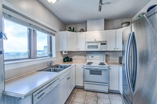 """Photo 6: 406 2271 BELLEVUE Avenue in West Vancouver: Dundarave Condo for sale in """"THE ROSEMONT ON BELLEVUE"""" : MLS®# R2356609"""
