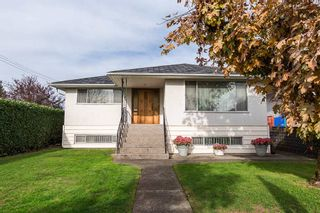Photo 2: 3107 E 52ND AVENUE in Vancouver East: Killarney VE House for sale ()  : MLS®# R2011635