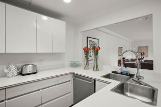 """Photo 11: 205 4900 CARTIER Street in Vancouver: Shaughnessy Condo for sale in """"SHAUGHNESSY PLACE 1"""" (Vancouver West)  : MLS®# R2499924"""