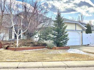 Photo 2: 10319 21 Avenue in Edmonton: Zone 16 House for sale : MLS®# E4235633