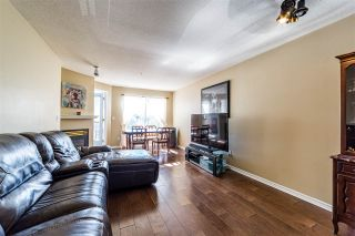 """Photo 6: 401 5765 GLOVER Road in Langley: Langley City Condo for sale in """"College Court"""" : MLS®# R2493254"""