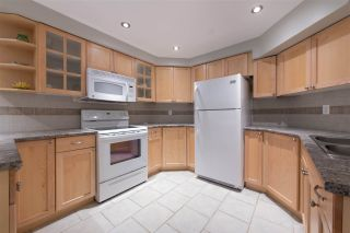 Photo 14: 8678 141 STREET in Surrey: Bear Creek Green Timbers House for sale : MLS®# R2387042