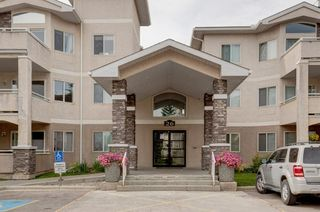 Photo 1: 112 26 Country Hills View NW in Calgary: Country Hills Apartment for sale : MLS®# A1148690