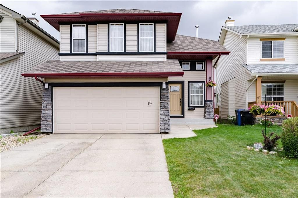 Main Photo: 19 PANAMOUNT Garden NW in Calgary: Panorama Hills Detached for sale : MLS®# C4188626