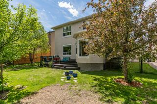 Photo 2: 41 Discovery Ridge Manor SW in Calgary: Discovery Ridge Detached for sale : MLS®# A1141617