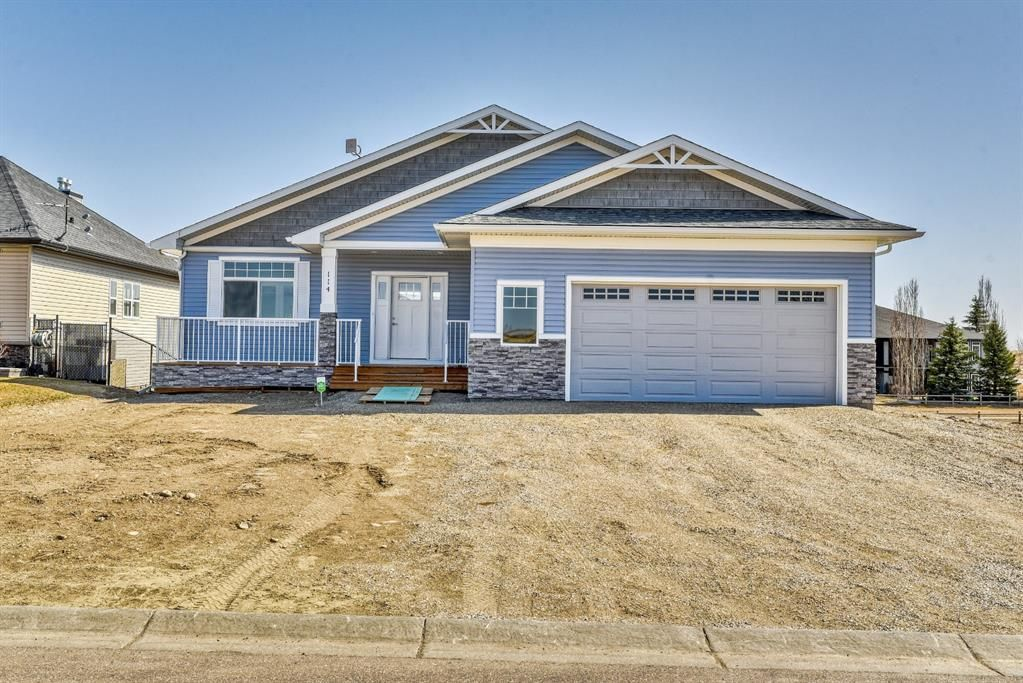 Main Photo: 114 SPEARGRASS Close: Carseland Detached for sale : MLS®# A1089929