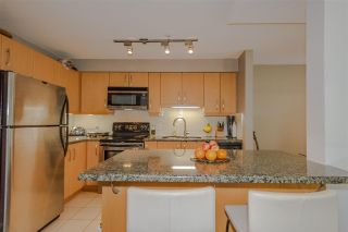 """Photo 8: 103 4155 CENTRAL Boulevard in Burnaby: Metrotown Townhouse for sale in """"PATTERSON PARK"""" (Burnaby South)  : MLS®# R2274386"""