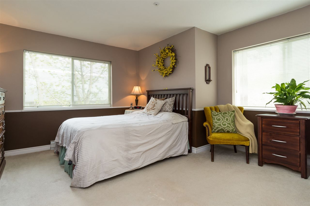 """Photo 12: Photos: 201 15130 29A Avenue in Surrey: King George Corridor Condo for sale in """"The Sands"""" (South Surrey White Rock)  : MLS®# R2161626"""