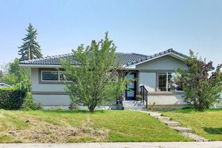 Main Photo: 24 Hyslop Drive SW in Calgary: Haysboro Detached for sale : MLS®# A1132322