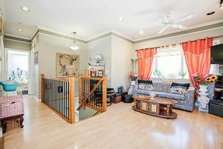 Photo 2: 3316 E 29 Avenue in Vancouver: Collingwood VE House for sale (Vancouver East)  : MLS®# R2232236