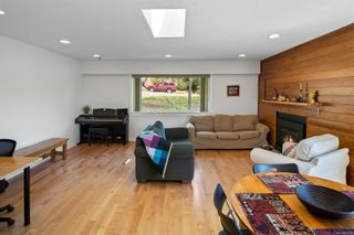 Photo 11: 527 Bunker Rd in : Co Latoria House for sale (Colwood)  : MLS®# 881736