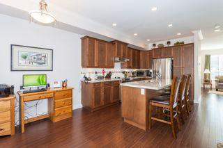 Photo 4: 44 7848 170 STREET in VANTAGE: Fleetwood Tynehead Home for sale ()  : MLS®# R2124050