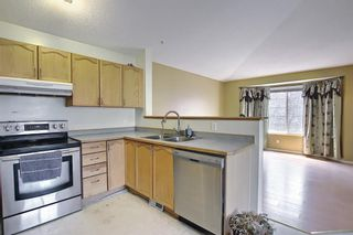 Photo 10: 102 Martin Crossing Grove NE in Calgary: Martindale Detached for sale : MLS®# A1130397