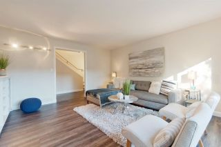 """Photo 4: 911 OLD LILLOOET Road in North Vancouver: Lynnmour Townhouse for sale in """"Lynnmour Village"""" : MLS®# R2317765"""