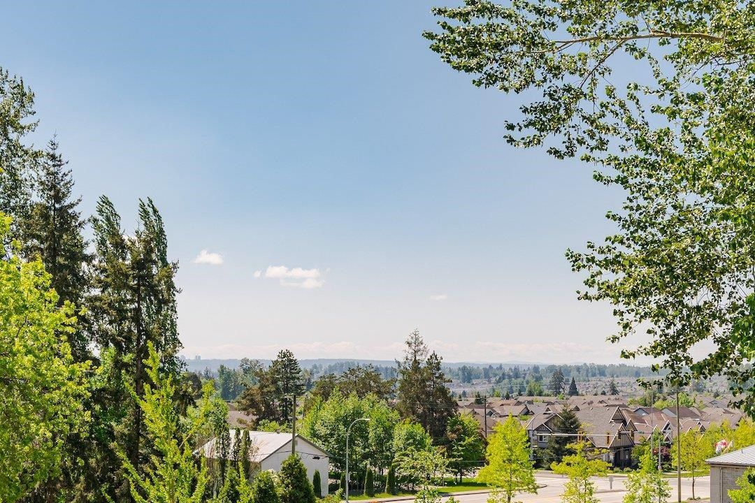 """Photo 26: Photos: 107 20356 72B Avenue in Langley: Langley City Condo for sale in """"Gala"""" : MLS®# R2592322"""