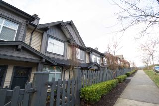 "Photo 1: 55 13819 232 Street in Maple Ridge: Silver Valley Townhouse for sale in ""Brighton"" : MLS®# R2134121"